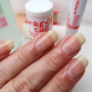 rescue-maybelline-remover-nagelolie-sos-balm-yustsome-review-nagelverzorging-7